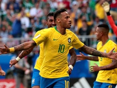 Neymar celebrates scoring at the World Cup. EFE
