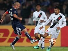 Andrés Ríos (d) puede llegar a la MLS. EFE/Archivo