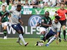 Con gol de Roussillon, el Wolfsburgo ganó al Hertha. EFE