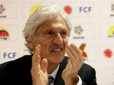 Pékerman entra en la carrera para dirigir a Colo Colo. EFE