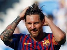 El delantero del F.C Barcelona, Lionel Messi, durante el partido de la cuarta jornada de la Liga Santander de fútbol disputado entre la Real Sociedad y el Fútbol Club Barcelona en el estadio de Anoeta de San Sebastián. EFE