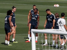 Benzema and Vinicius made peace at training. EFE