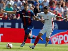 Banega fue expulsado en el Sevilla-Eibar. EFE