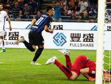 El Inter ya trabaja en las renovaciones de Lautaro y Handanovic. EFE