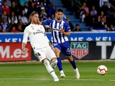 El Madrid cayó en Vitoria. EFE