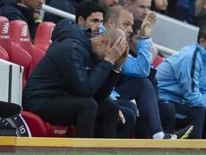 Manchester City Pep Guardiola se lamenta en Anfield, Liverpool. EFE/EPA