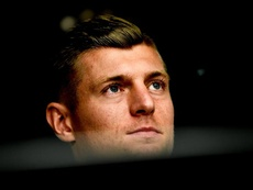 Löw se puso a los pies de Toni Kroos. EFE