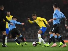 Seleções da América do Sul poderiam disputar vagas na Europa. EFE/EPA/ANDY RAIN