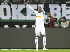 Denis Zakaria podría salir del Borussia Mönchengladbach. EFE