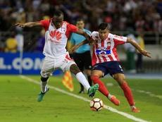 Independiente Santa Fe y Junior se repartieron los puntos. EFE