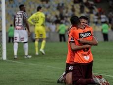 La joven perla del fútbol brasileño podría marcharse de Athletico Paranaense. EFE