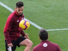 El Athletic busca dar salida a Villalibre y Ganea. EFE