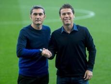 Valverde pasó revista a sus jugadores. EFE