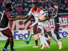 El Olympiacos venció al Milan en un final de infarto. AFP