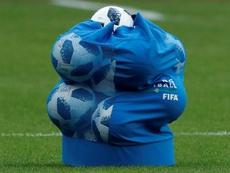 No podrá ejercer en ninguna actividad relacionada con el mundo del fútbol. EFE
