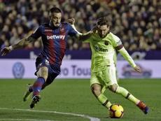 Cabaco vio la roja ante el Barça y será baja ante el Rayo. EFE/Archivo