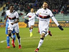 Sanabria se estrenó con gol en el Genoa. EFE