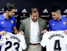 El argentino (d) fue sancionado con el Celta hace dos temporadas. EFE