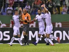 Santos Laguna cerró con triunfo la jornada y León es más líder. EFE