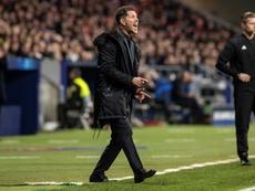Simeone cree que las cosas deben resolverse dentro del equipo. EFE