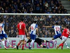 Benfica e Porto: onzes iniciais confirmados. EFE