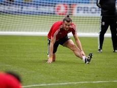 Bale treina com a Seleção de Gales. EFE
