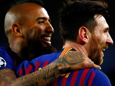 Les adieux de Messi à Arturo Vidal. EFE