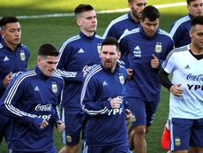 'Pity' Martinez a parlé avec Messi. EFE
