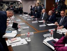 La reunión tripartida tuvo momentos de gran tensión. EFE