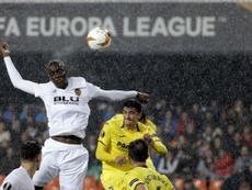 Los choques entre Valencia y Villarreal siempre son muy atractivos. EFE