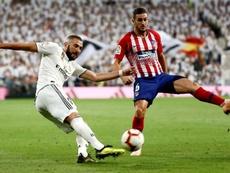 Koke espera levantar al cielo algún trofeo como capitán del Atlético. EFE