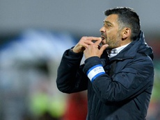 Sérgio Conceição e Bruno Lage suspensos um encontro pela UEFA. EFE
