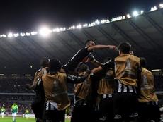 Chará brilha, Galo vence de virada e avança na Copa do Brasil