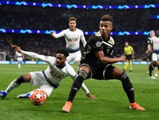 Neres could be set for a move to the Premier League. EFE