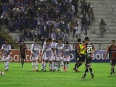 Quevedo y su chilena ensalzan a Alianza Lima. EFE