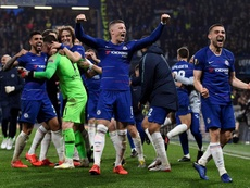 Chelsea celebrate winning the Semi-Final on penalties. EFE