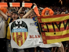 Four Valencia supporters could have COVID19. EFE