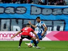 Borja Valle también mostró apoyo a su entrenador. EFE