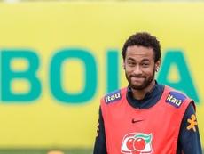 Neymar pode ser a bomba de verão. EFE