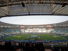 Los estadios están contando con pocos aficionados. EFE