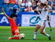 El coronavirus sigue causando estragos en el fútbol. EFE