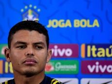 Thiago Silva encense Sadio Mané. EFE