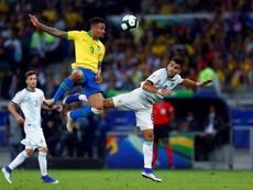 Brasil - Argentina: onzes iniciais confirmados. EFE
