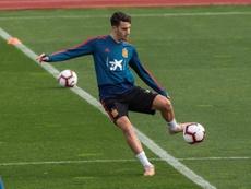 Mario Hermoso pone su primera firma en la historia del Atleti. EFE