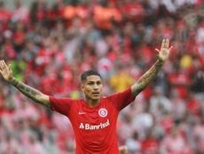 Paolo Guerrero anotó dos goles. EFE/Silvio Ávila/Archivo