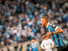 Tiro y gol. EFE/Silvio Ávila