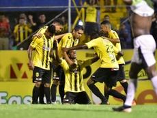 Real España golea y Platense se lleva un duelo loco. EFE/José Valle