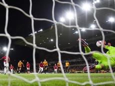 Paul Pogba falló un penalti y recibió insultos bastante feos. EFE