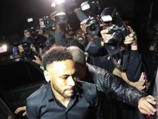 Neymar estará acompanhando a partida no Parque dos Príncipes. EFE/Marcelo Sayao/Archivo