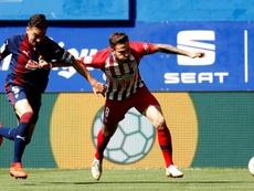 Saúl le ha metido tres goles al Eibar en su carrera y nunca ha perdido contra ellos. EFE